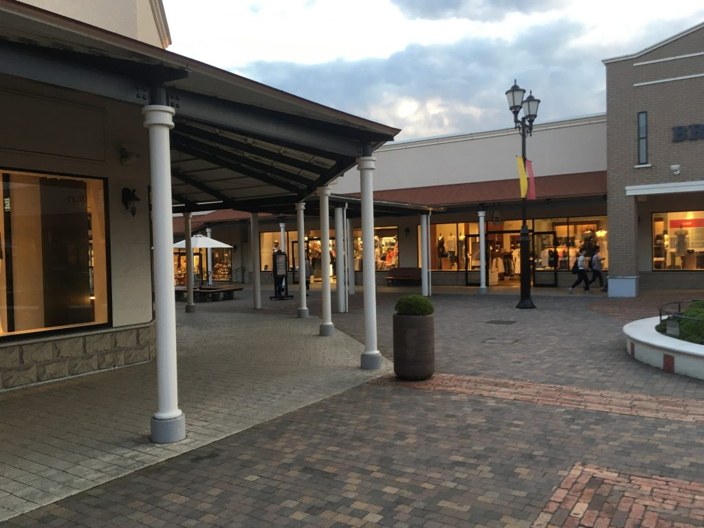 outlet10